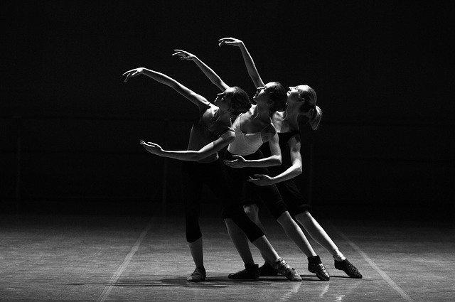 tri baletky.jpg